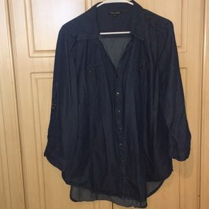 1X Denim 3/4 sleeve button down Tunic length shirt